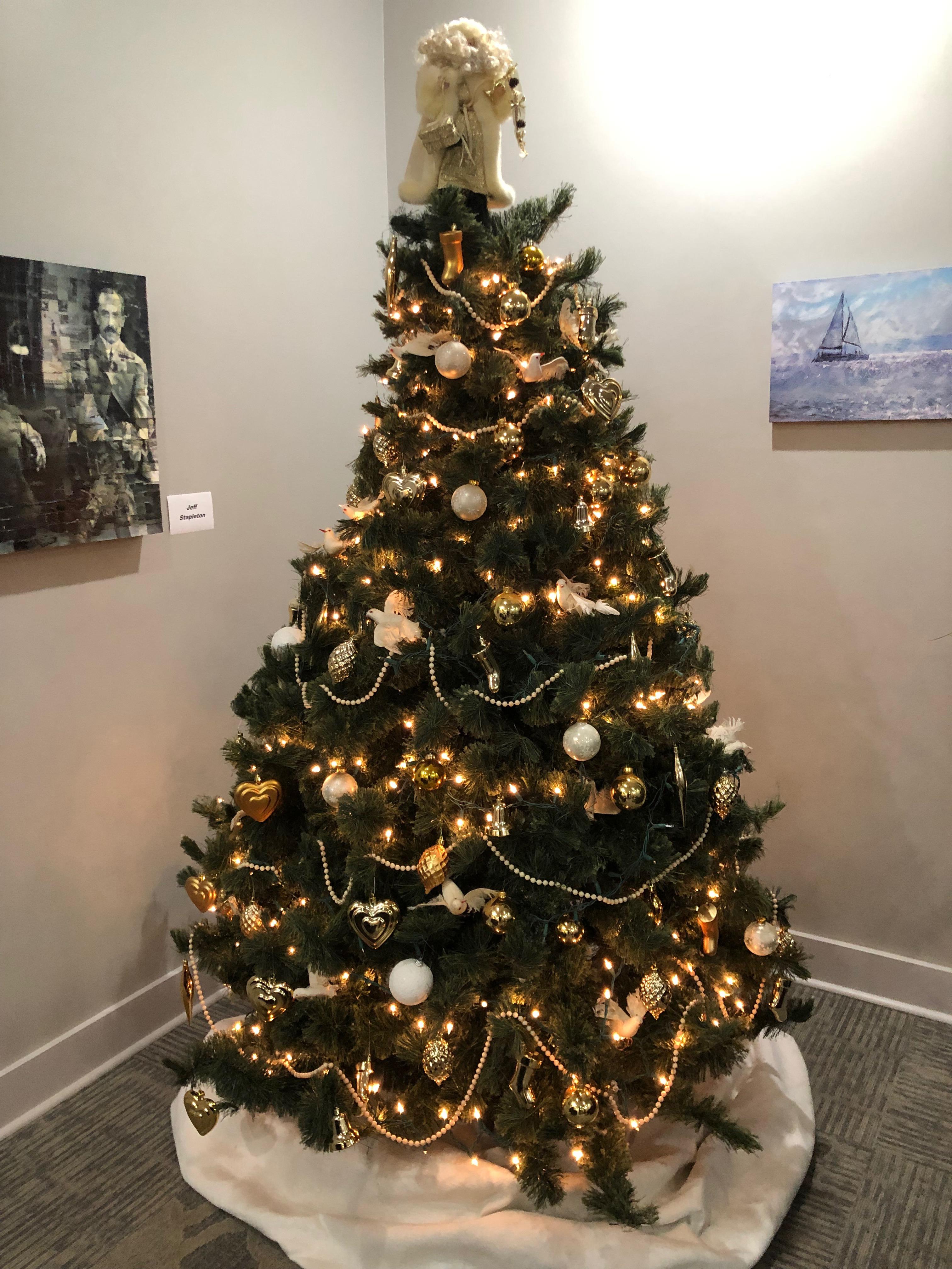 Lobby Christmas Tree 2018